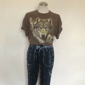 Vintage wolf screen printed tee